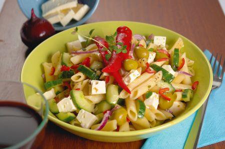 Nudelsalat mit Käse